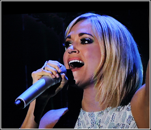 Carrie Underwood singing